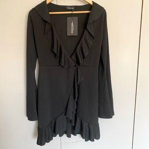 BNWT Pretty Little Thing Black Wrap Dress Size 8
